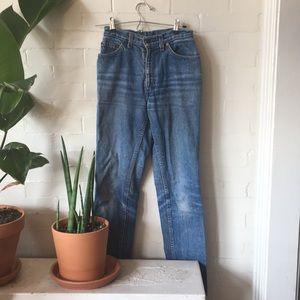 Vintage Distressed Levi Jeans Size 26